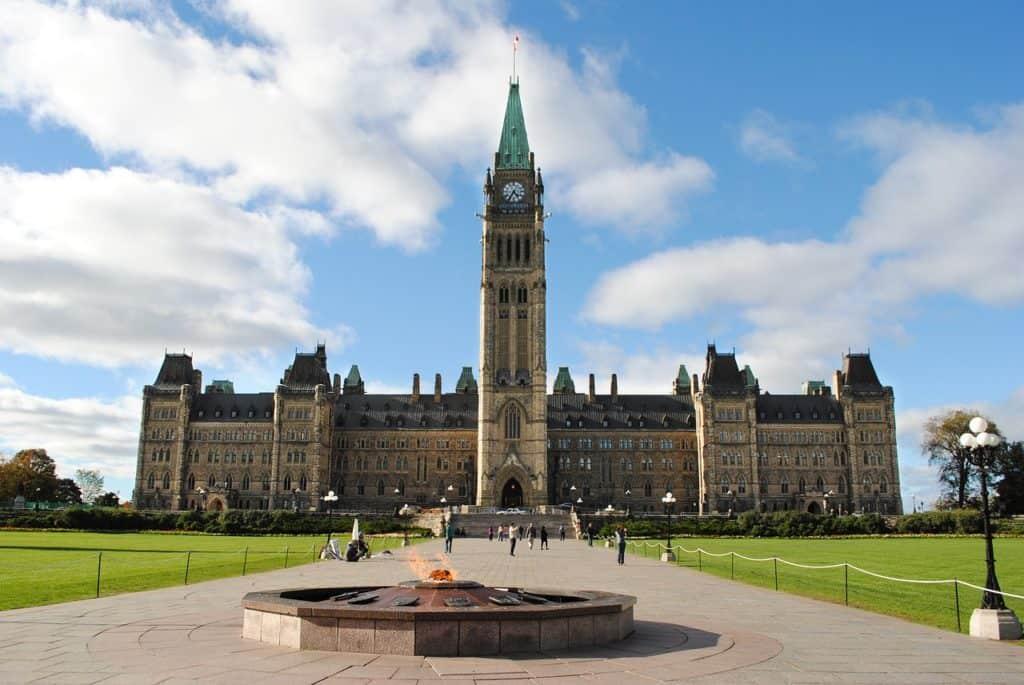 Qui sera le prochain député fédéral de Laurentides-Labelle?