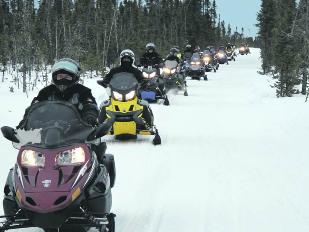Le sentier Caribou à nouveau rouvert aux motoneigistes