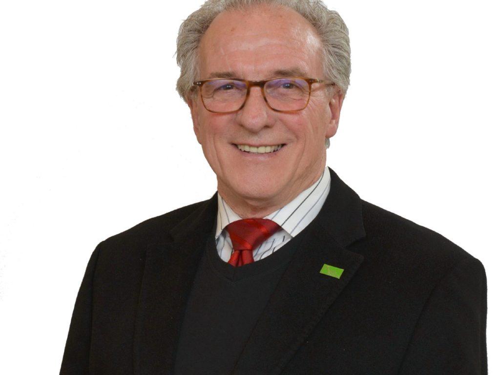 Après 3 ans à la tête de la CSL et 42 ans dans le monde de l'éducation, Bernard Dufourd quittera ses fonctions le 1er juillet. Photo gracieuseté