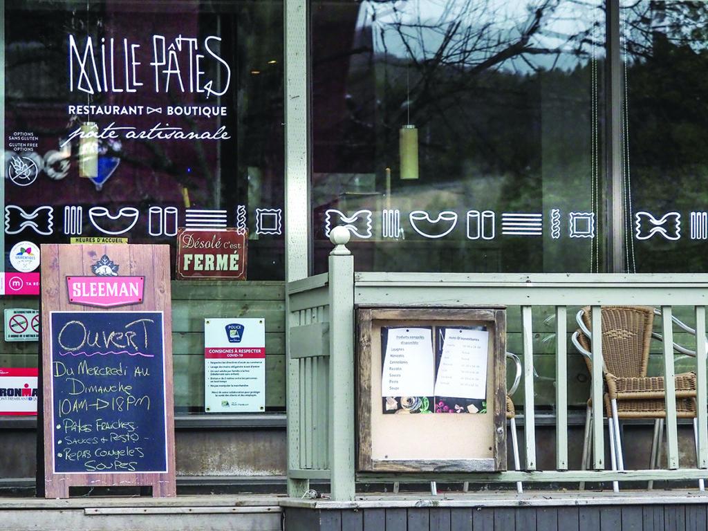 Le restaurant Mille Pâtes de Mont-Tremblant devra miser sur son comptoir de pâtes fraîches et ses produits congelés pour compenser ses pertes au niveau de la salle à manger. (Photo L'info du Nord – Jean-Marie Savard)