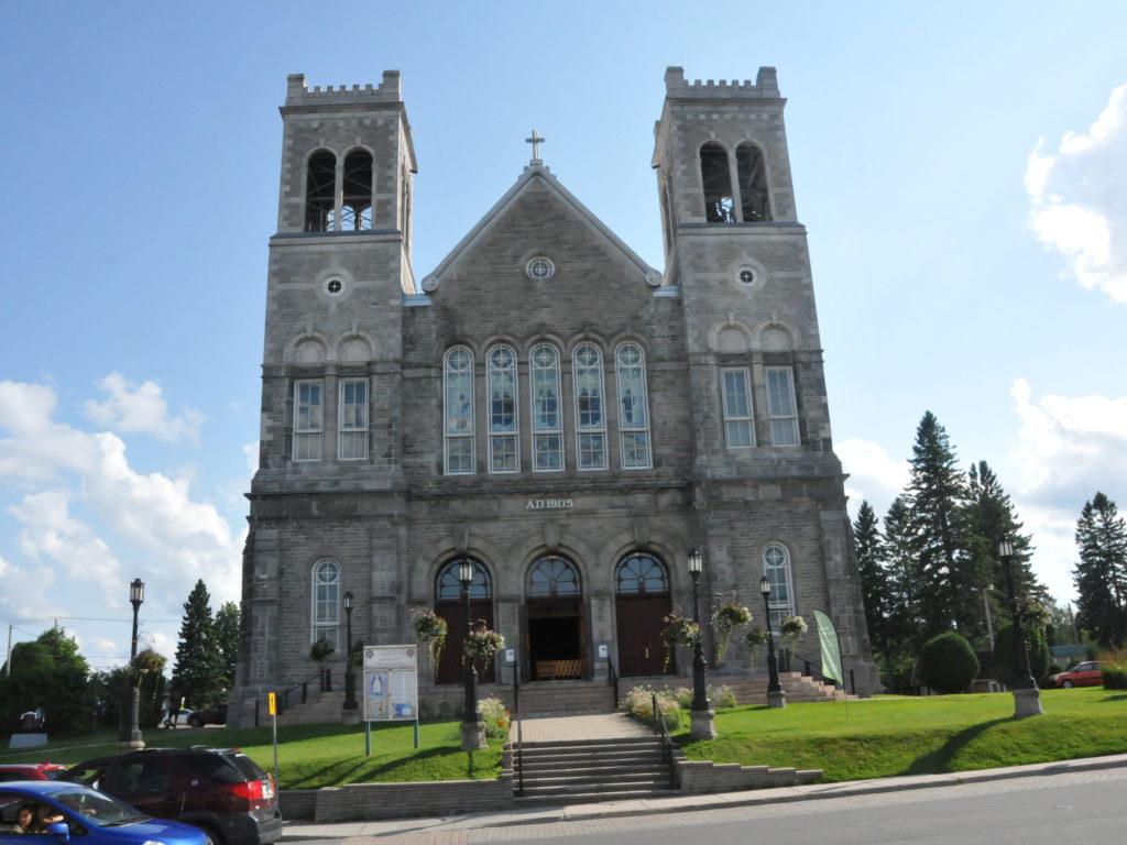 Bonne nouvelle ! La réouverture progressive des églises au Québec est annoncée pour le 22 juin DSC_7570-1024x768