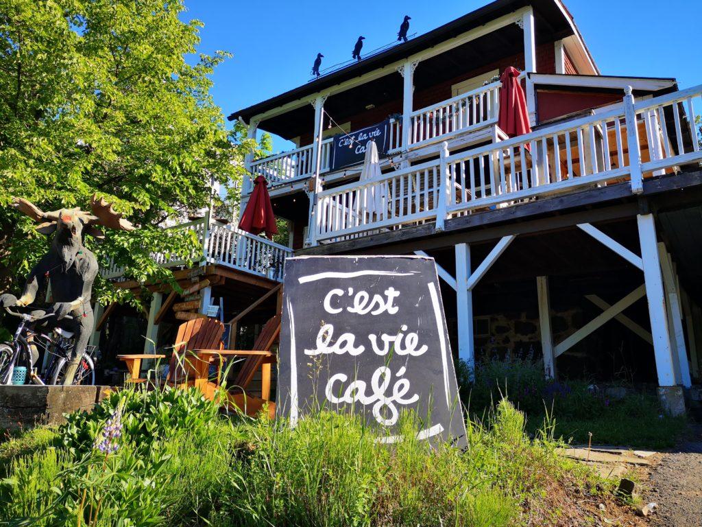 Une restauratrice dénonce les multiples contraintes imposées par Québec
