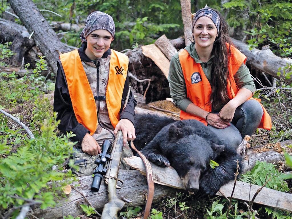 Engouement de la jeunesse envers la chasse à l'ours
