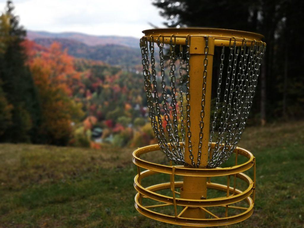 """Chronique """"J'ai testé"""": Disc golf avec vue à Vallée Bleue"""