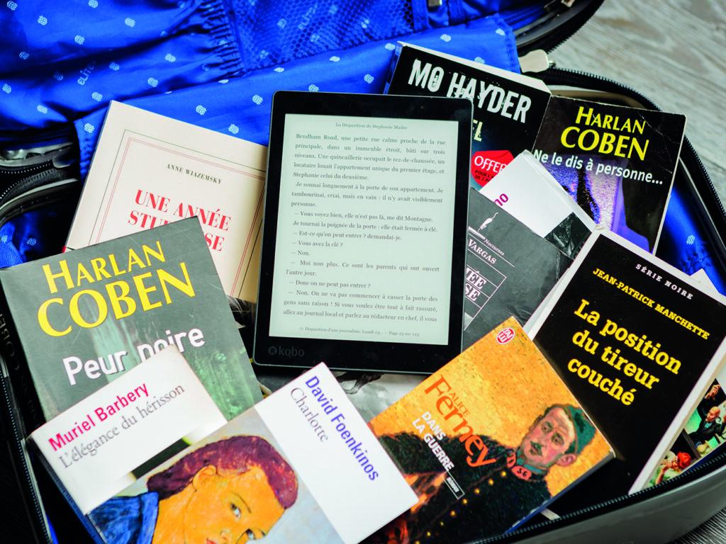 En cette période où il est préférable d'éviter les contacts sociaux et les voyages, la lecture sert de baume et d'exutoire pour plusieurs petits et grands. (Photo Pixabay)