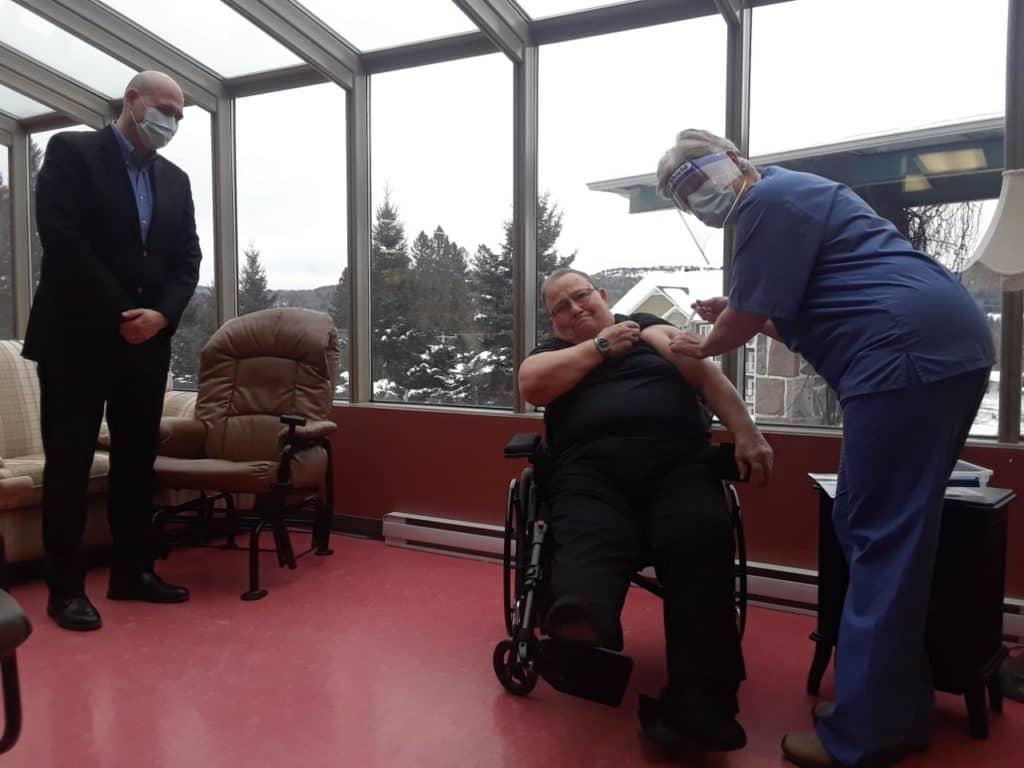 Début de la vaccination pour les résidents en CHSLD des Laurentides