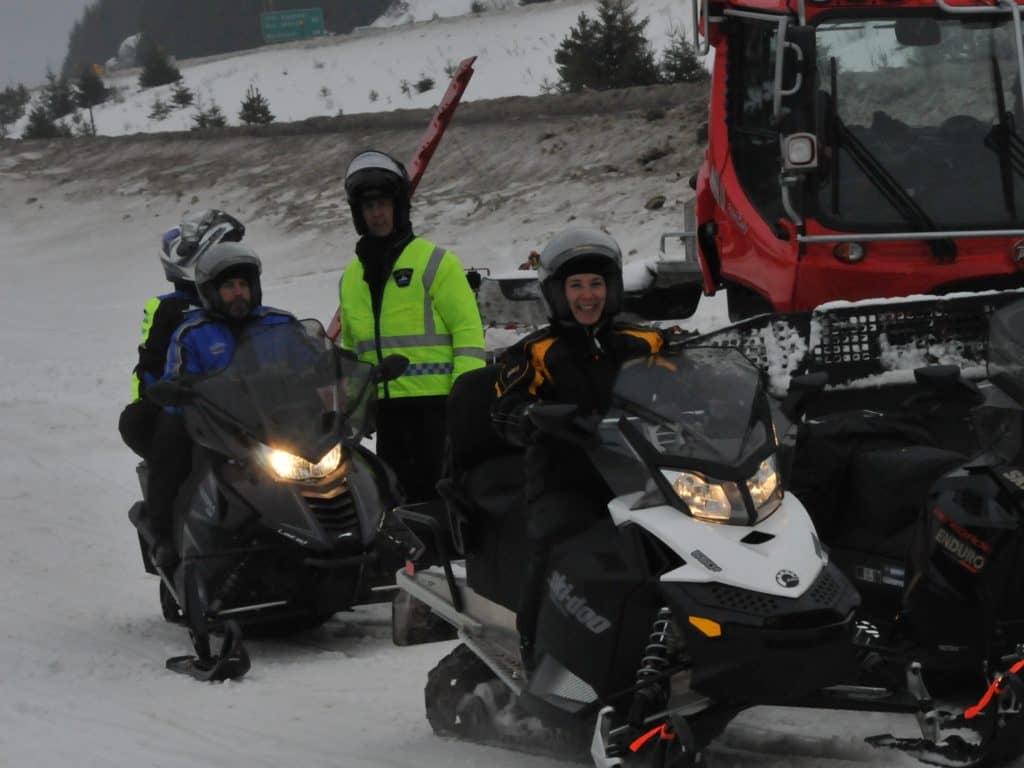 Les motoneigistes trépignent d'impatience de s'élancer sur les sentiers cette année, mais encore faut-il que Dame nature coopère. (Photo L'info du Nord – Archives)