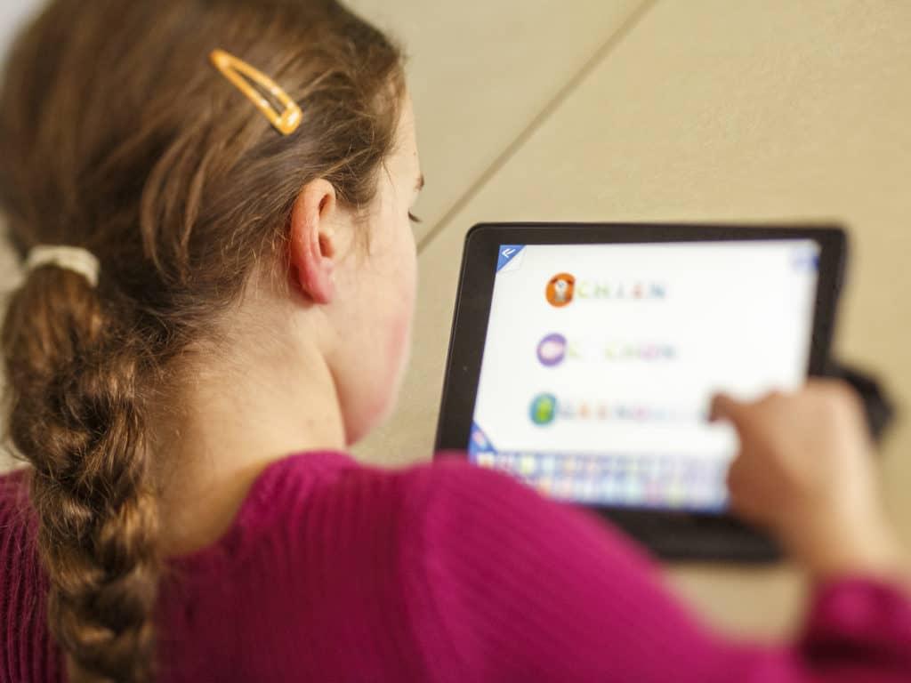 L'éducation à distance et l'isolement qu'il provoque chez les jeunes inquiètent le PREL, qui déploie de nombreuses initiatives pour encourager les élèves à persévérer dans leurs études. (Photo L'info du Nord – Archives)