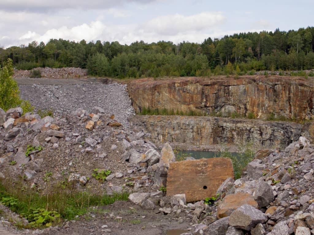Exploitation minière: inquiétude généralisée autour des lacs de la région