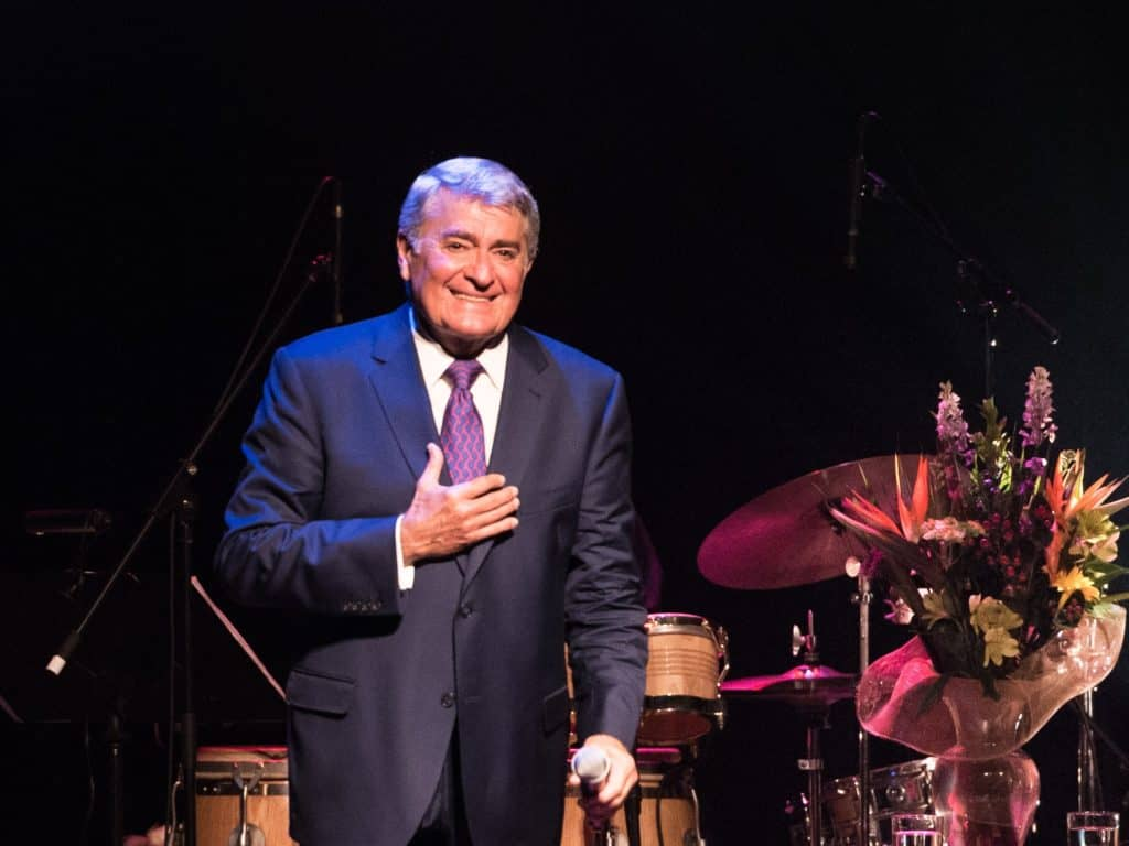 Michel Louvain lors de son dernier passage dans la région, en 2017 au Théâtre Le Patriote. (Photo gracieuseté – André Chevrier)