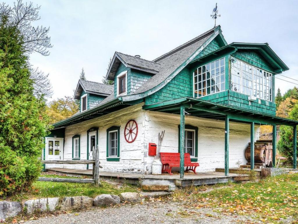 La maison de Joseph Bélisle, meunier et propriétaire foncier au lac Paquin, premier maire de Sainte-Agathe en 1862. (Photo gracieuseté – Archives de la Société d'histoire et du patrimoine de Val-David).